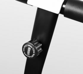 CARBON FITNESS T140 Беговая дорожка - Рукоятка для фиксации дорожки в сложенном виде